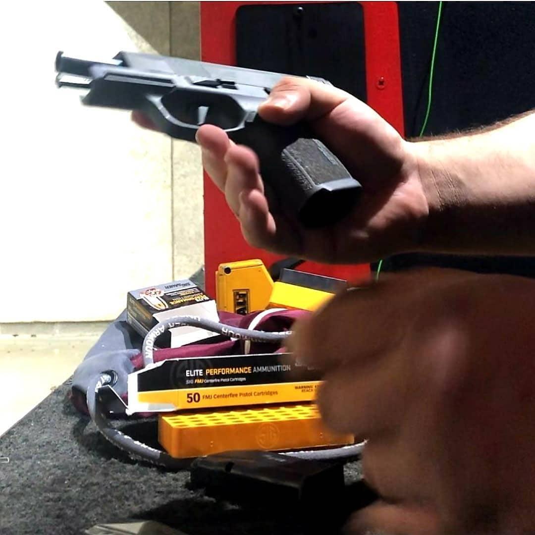 loading gun with ammo